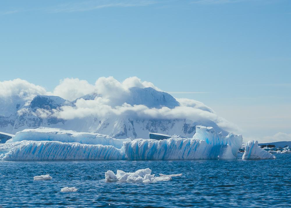 Amazing icebergs and glaciers