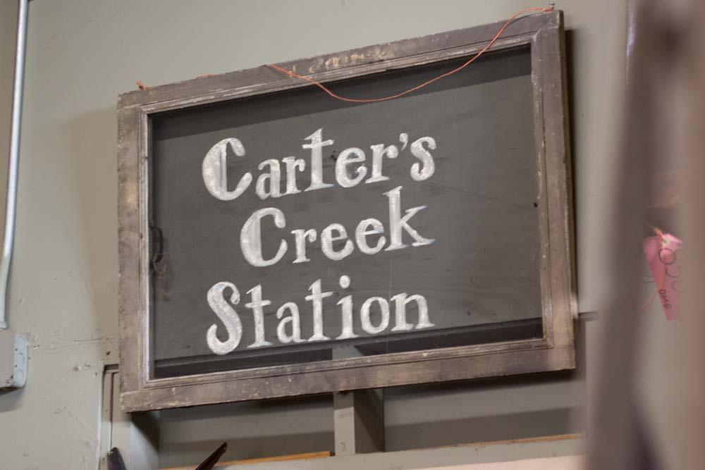carters-creek-sign.jpg