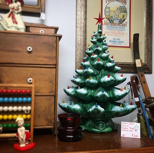 Only 59 days until Christmas!! We've got a variety of Christmas trees and other decor! . . . #carterscreek #carterscreekantiques #carterscreekstation #carterscreekstationantiques #columbiatn #springhilltn #tennessee #antiques #antiqueshop #vintage #christmas #shoplocal
