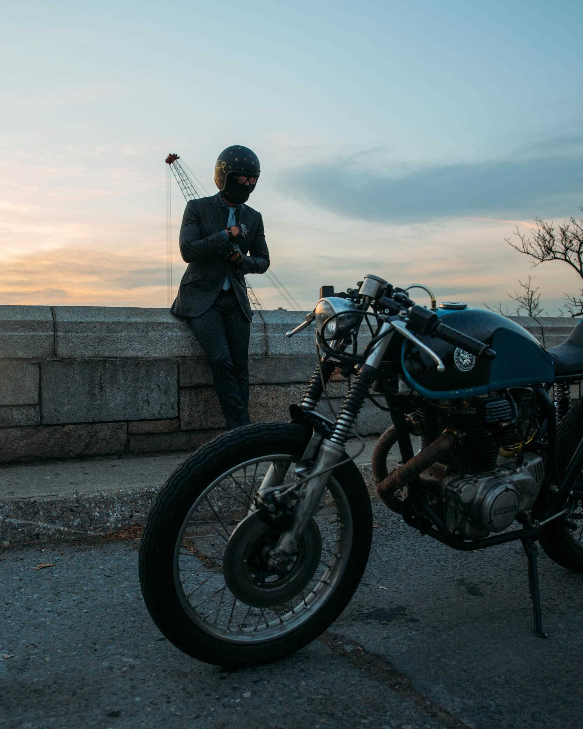 The-Suited-Racer-Lando-Griffin-CB350-CH-Right.jpg