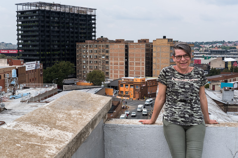 Danke Manuela für das Foto von mir und meinem Lieblingsgebäude, dem Hallmark House