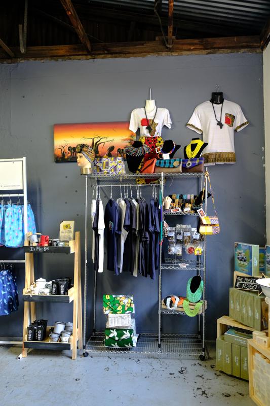 Laden auf dem Gelände von 1Fox