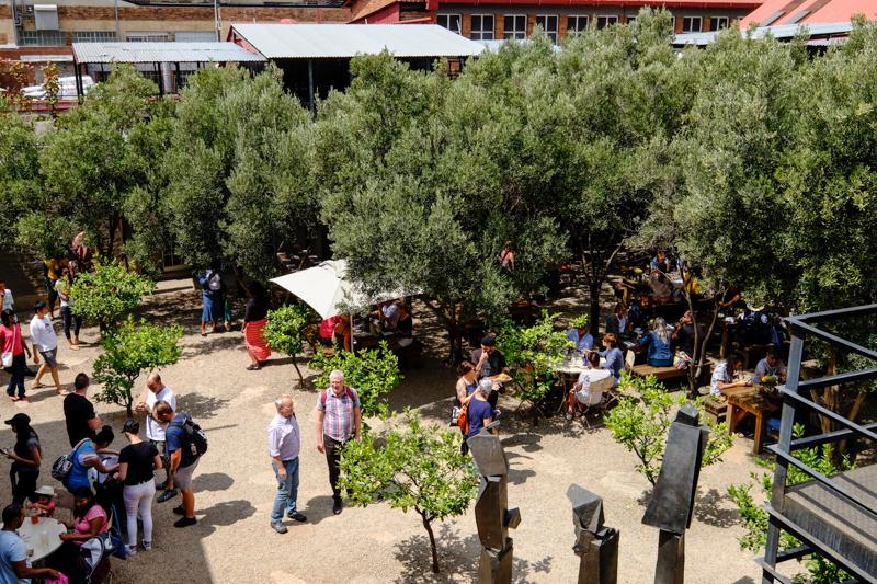 Der Olivengarten vom Market on Main