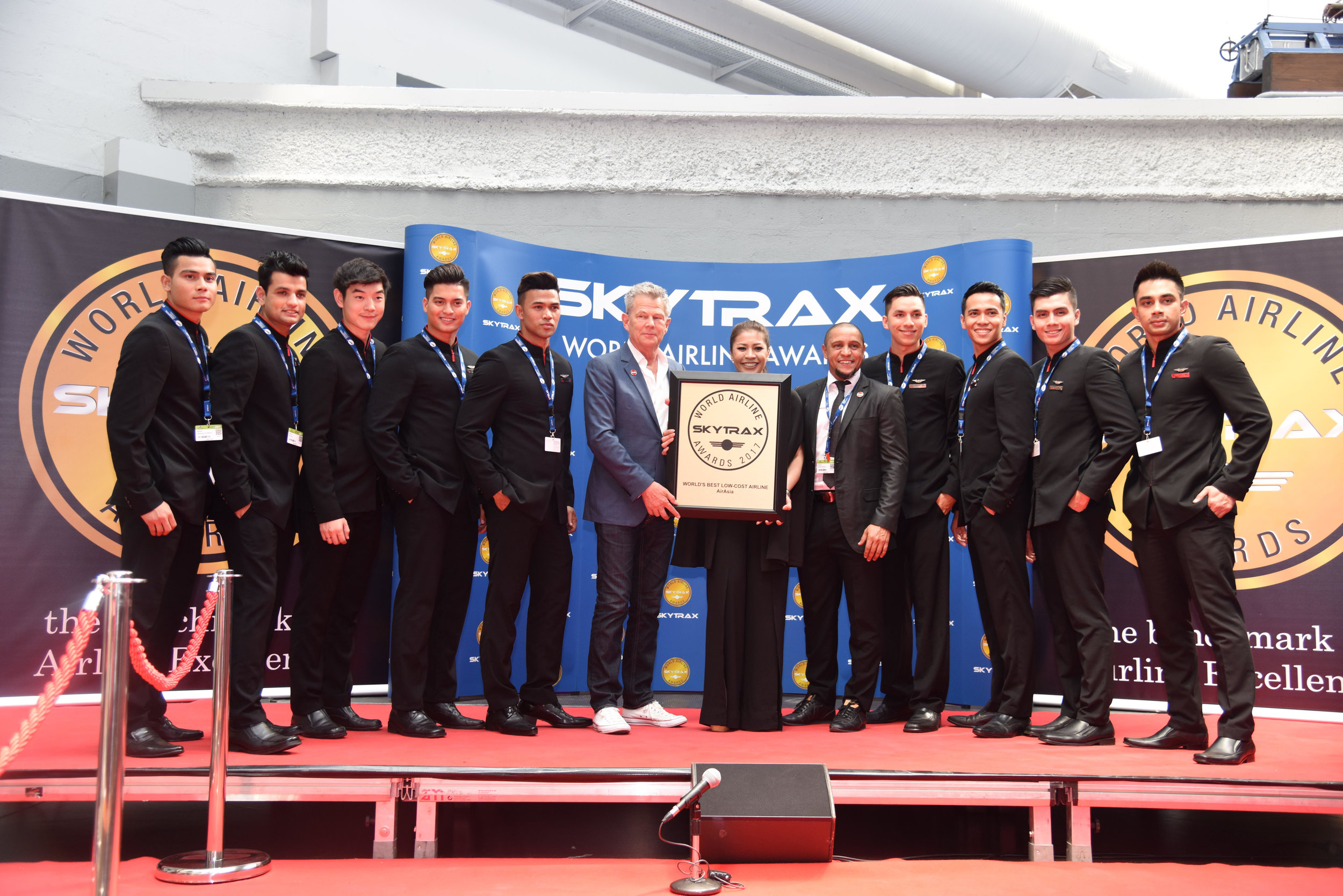 06 AIRASIA WORLD CHAMPIONS FOR NINTH TIME AT SKYTRAX 1.jpg