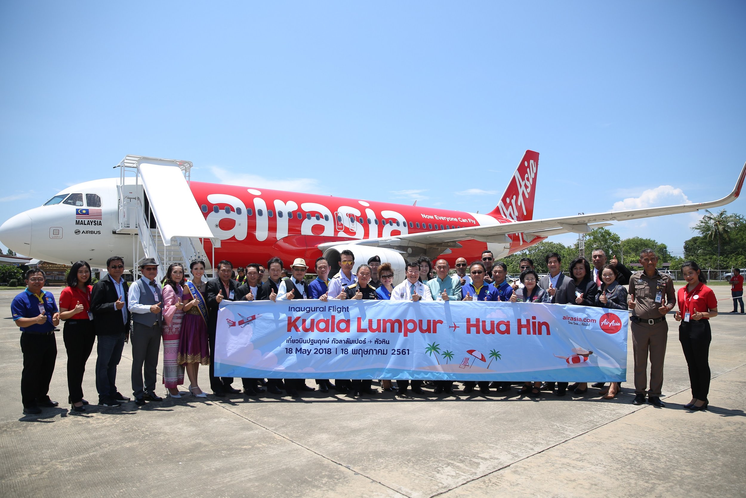 The welcoming ceremony for flight AK830 Kuala Lumpur-Hua Hin on 18 May 2018 was led by Mr. Pairin Chuchotethavorn, Deputy Minister of Transport, Mr. Daroon Saengchai, Director General of the Department of Airports, Mr. Panlop Singhaseni, Governor of Prachuap Khiri Khan province, Mr. Nopporn Wuttikul, Mayor of Hua Hin, Ms. Walailak Noypayak, TAT Director for ASEAN market, Mr. Apisit Ubolkomu, Director of Hua Hin Airport and Ms. Witchunee Kuntapeng, Director of Ground Operations for Thai AirAsia, representing AirAsia, alongside representatives of several government agencies.