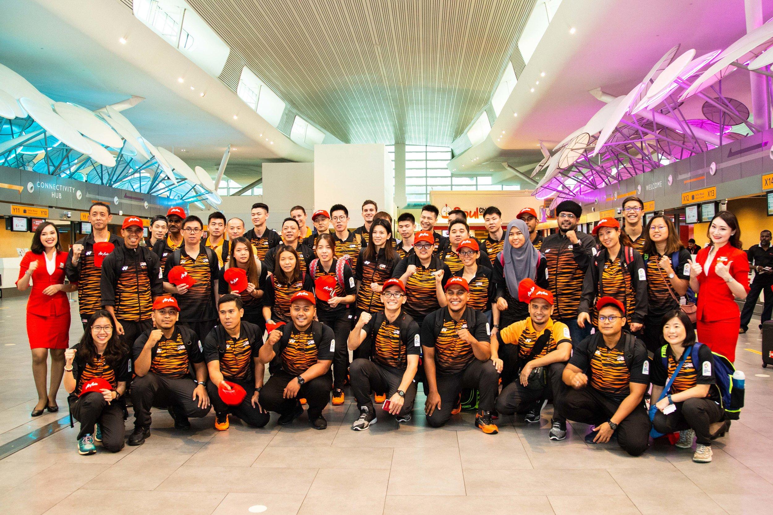 Pemain badminton, atlet renang dan kakitangan perubatan dari Malaysia siap sedia ke Indonesia untuk Sukan Asia 2018.