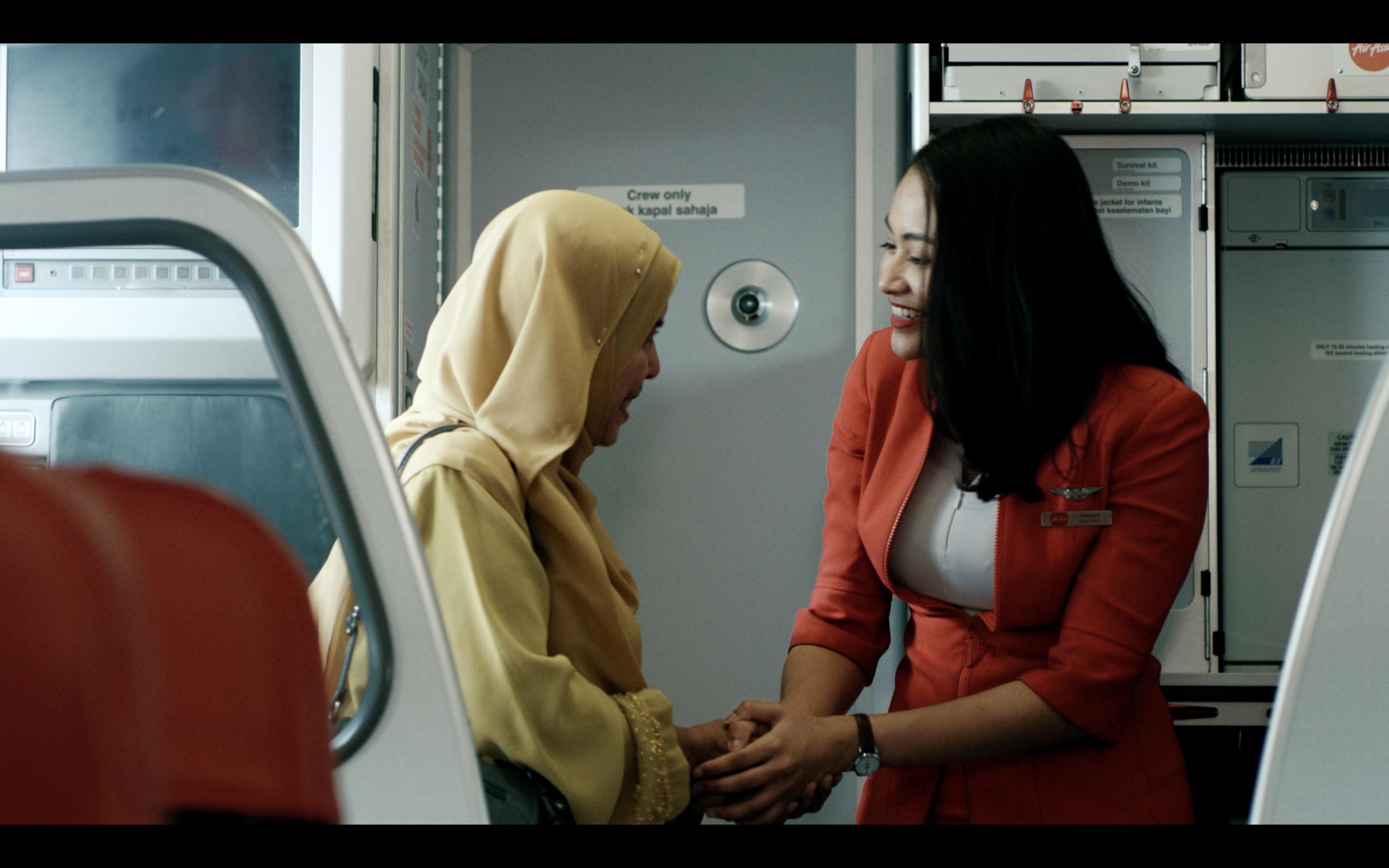 A scene from AirAsia Hari Raya Aidilfitri video.