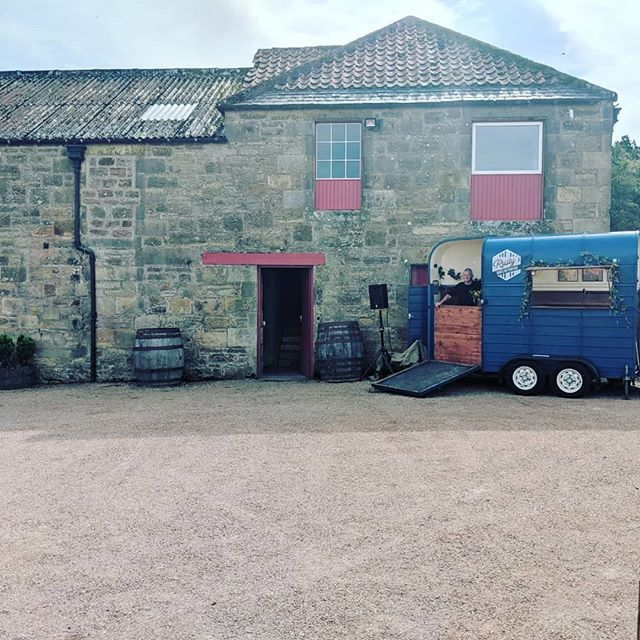 @kinkell_byre is quickly becoming our second home this summer 😍  Another glorious day in St. Andrews for Rachel & Geoff ☀️ (Featuring Bill, our driver extraordanaire!) . . . #pianobar #horseboxbar #weddingmusic #drinksreceptionmusic #ceremonymusic #cocktailreception #weddingplanning #eventplanner #weddingplanner #piano #barhire #scottishwedding #rustic #rusticwedding #entertainment #entertainer #ricehorsebox #rustyspianobar #mobilebar #travellingpianobar #wearetheweddingcollective #theweddingcollective #festivalmusic #corporateentertainment #eventideas #kinkellbyre