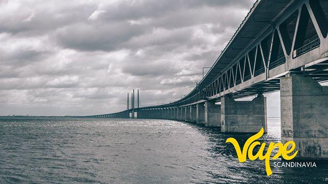 The Øresund Bridge is an approximately 16 km long road and rail link between Sweden and Denmark. . . . . . #vapescandinaviaexpo #vapedenmark #vapecph #denmarkDK #cphvapers #cphvape #copenhagenDK #copenhagendenmark #copenhagenlife #swedenvapers #swedenvapes #swedenvapors #norwayvape #norwayvaper #norwayvapers #norwayvapenorwar #damphuen