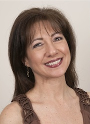 Kelly Salonica Staikopoulos - Kukla's Kouzina