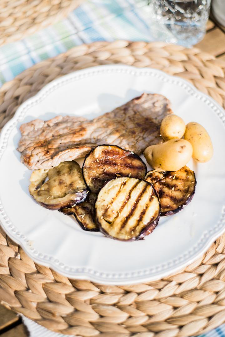 Recipe-for-yummy-grilled-aubergine-Anais-Stoelen-3.jpg