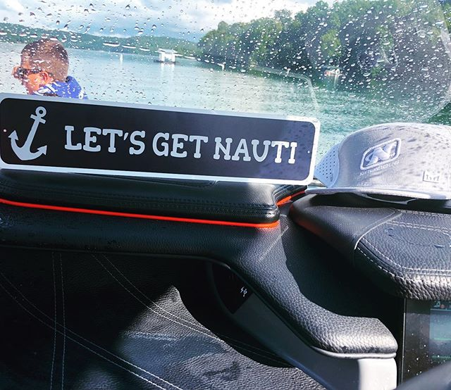 Happy Friday! Let's get Nauti this weekend!!! Loving this sign from @shanghairesort. 📷 @natechristian23 #norrislake #lakelife #vacationhomes #wakedreams #wakedreamsnorrislake #lakehouse #lakenorris #wakelife #wakesurf #wakesurfing #watersports #norrislakelife  #norrislakeofficial #lakevacation #summer #teamwakedreams