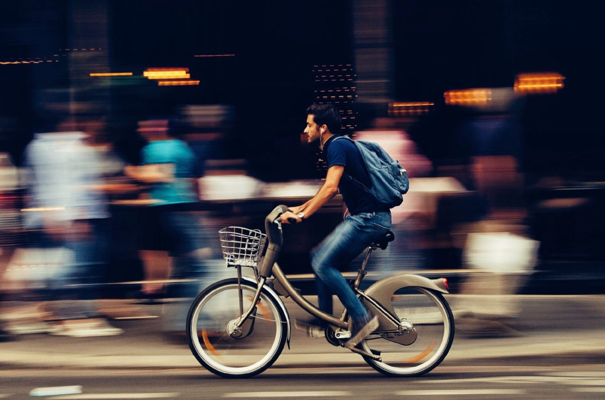This is not an accurate depiction of the bike I rode but free stock photos are free stock photos so 🤷🏾♂️.