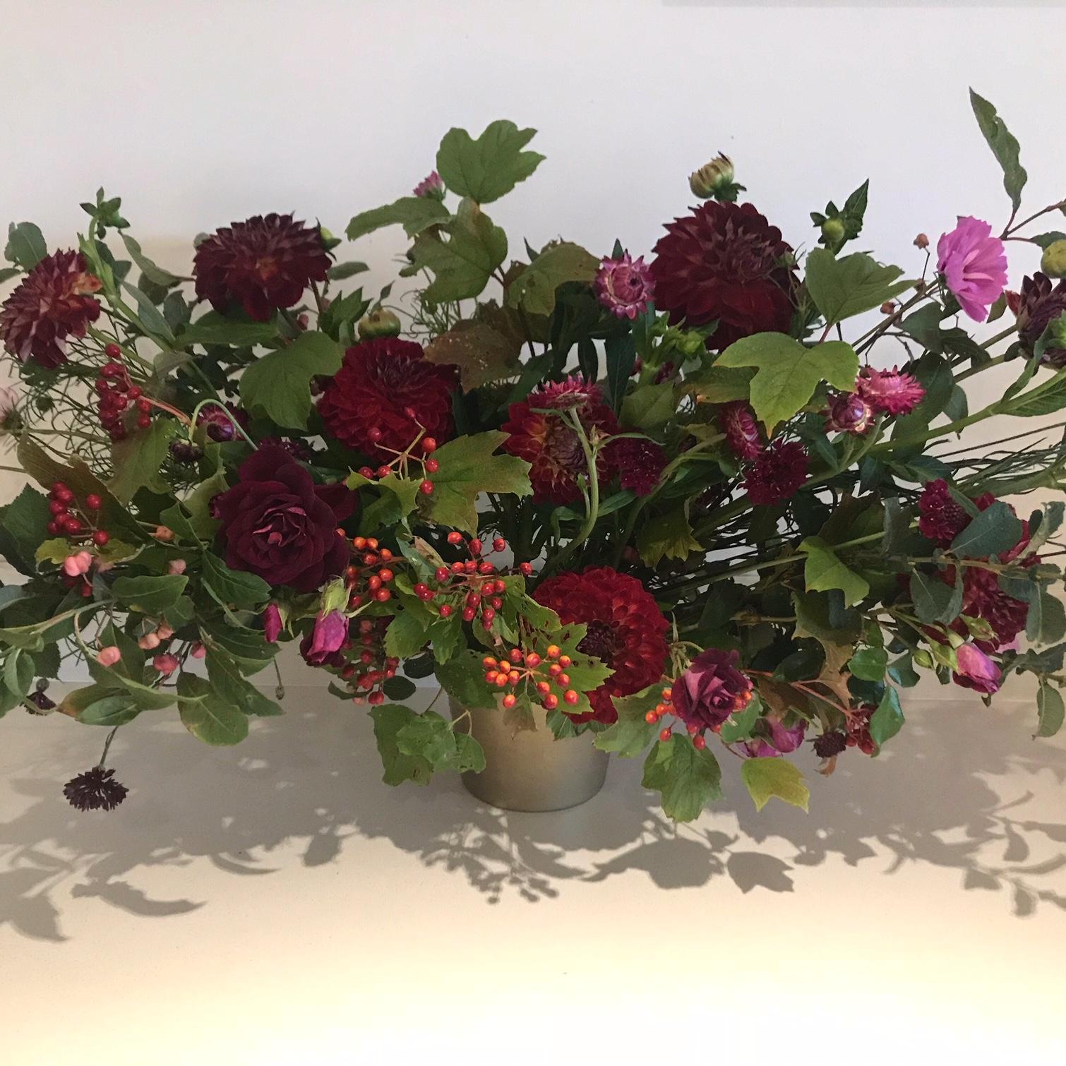 dahlia red arrangement.jpg