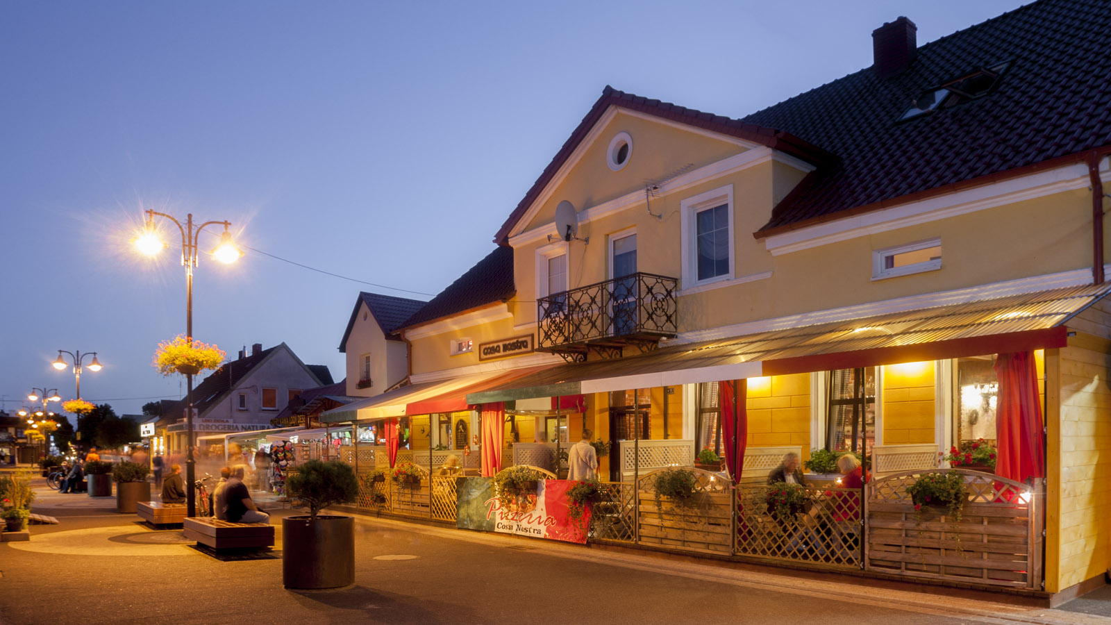 Pizzeria Casa Nostra - Zaprzyjaźniony lokal, w samym sercu Darłówka
