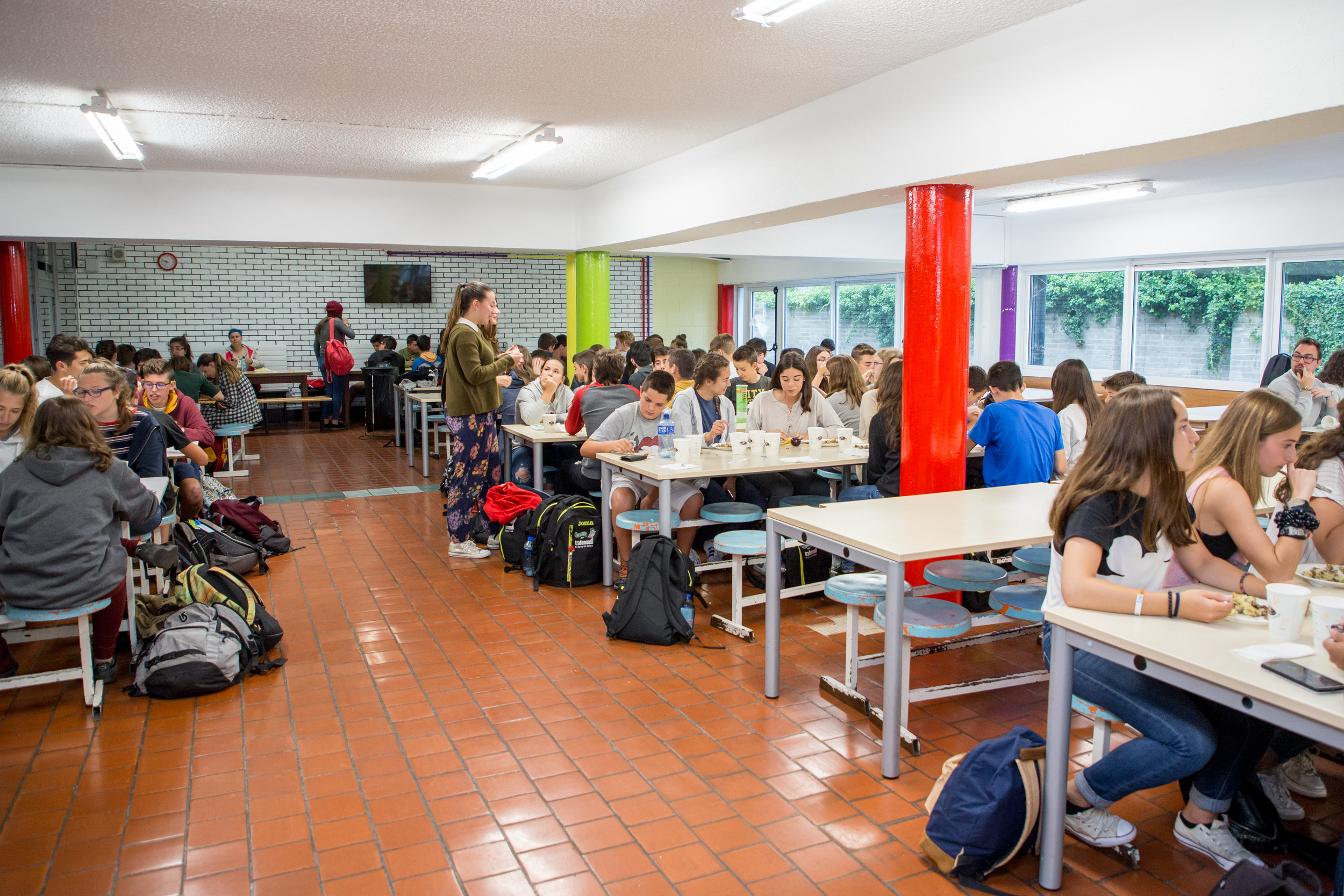 summer-school-canteen.jpg