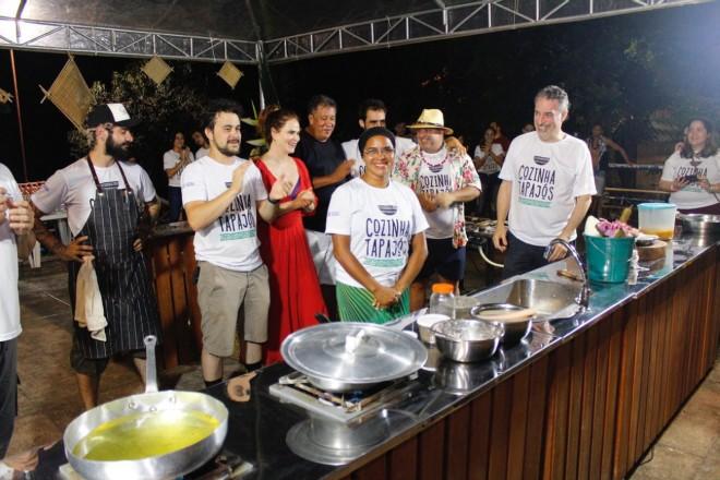 up_ag_4012_chefs_do_cozinha_tapajos_na_apresentacao_das_aulas_shows.jpg