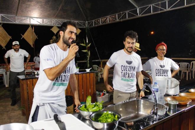 up_ag_4012_chefs_rodoldo_e_eduardo_na_aula_show.jpg