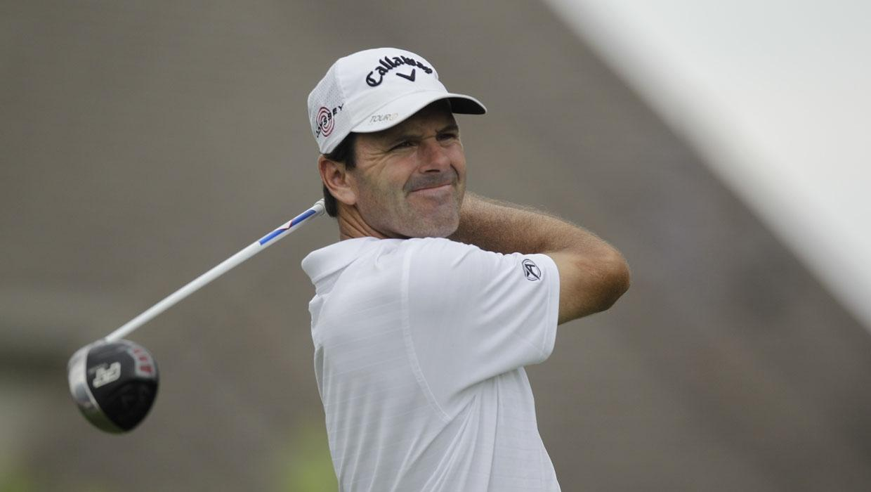 Len Mattiace watches his tee shot during the first round of the St. Jude Classic golf tournament Thursday, June 10, 2010, in Memphis, Tenn. (AP Photo/Jeff Roberson)
