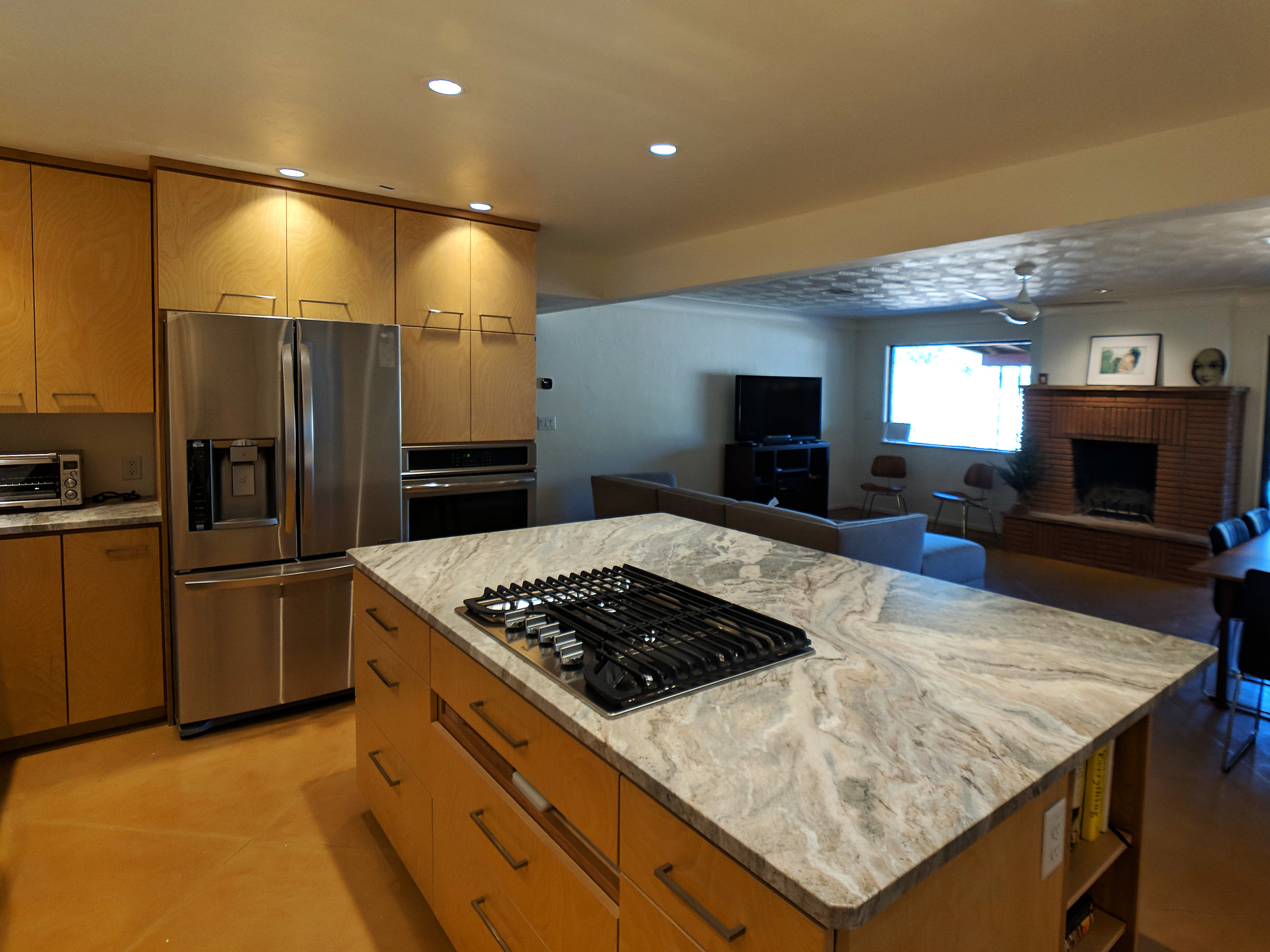 holland-kitchen-fantasy-brown-granite.jpg