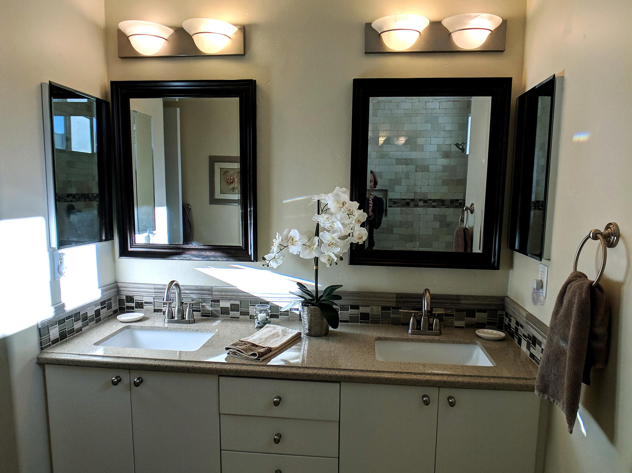 holland-bathroom-grey-brown.jpg