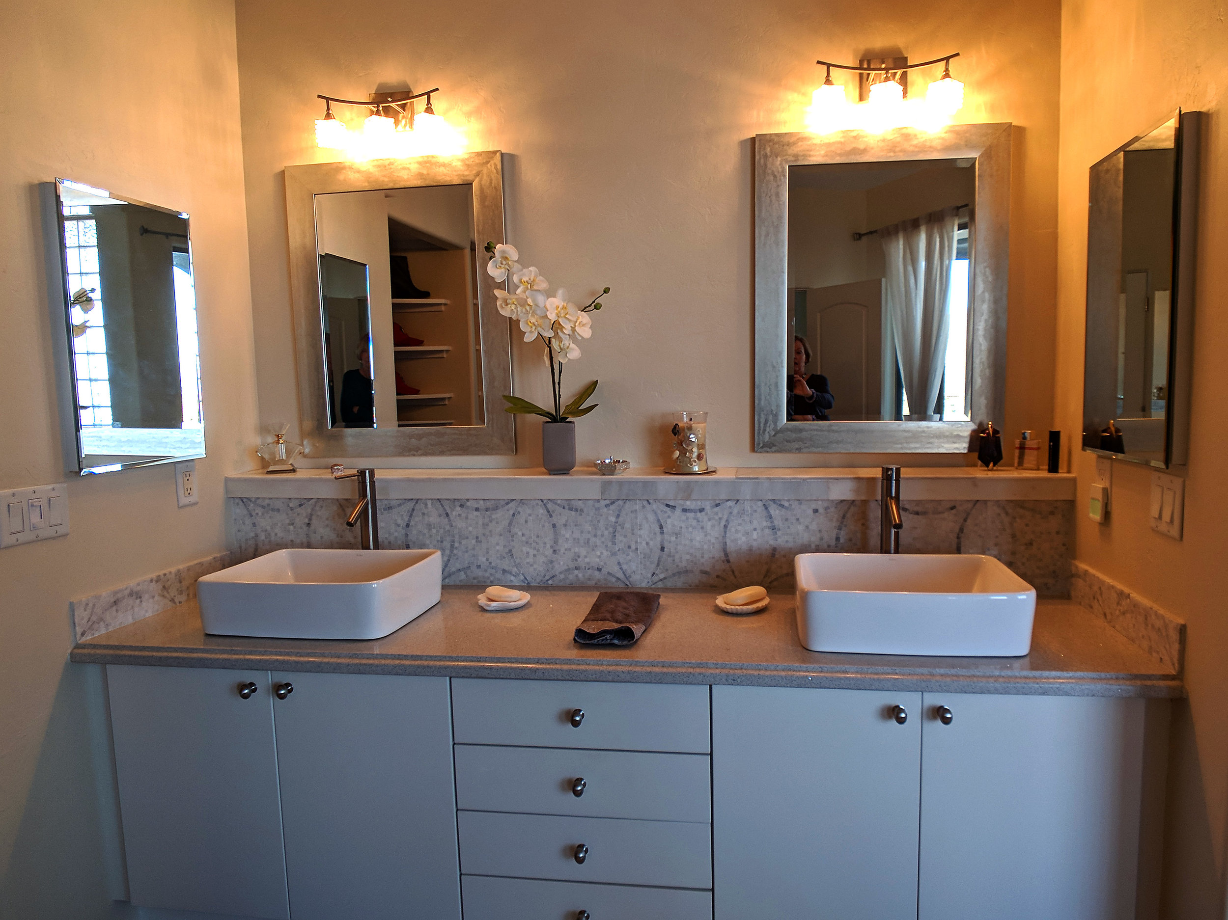 holland-bathroom-vessel-sinks.jpg