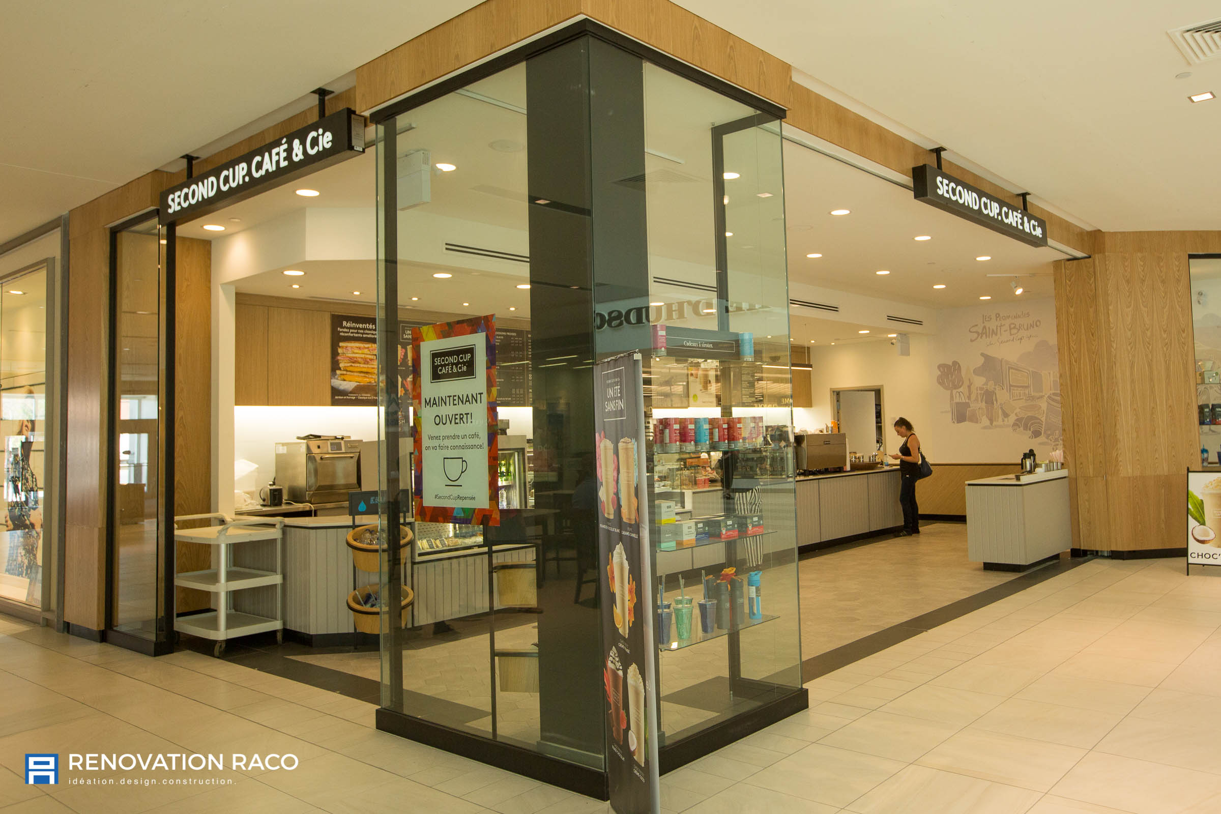 Renovation-Raco-Montreal-Second Cup-01.jpg