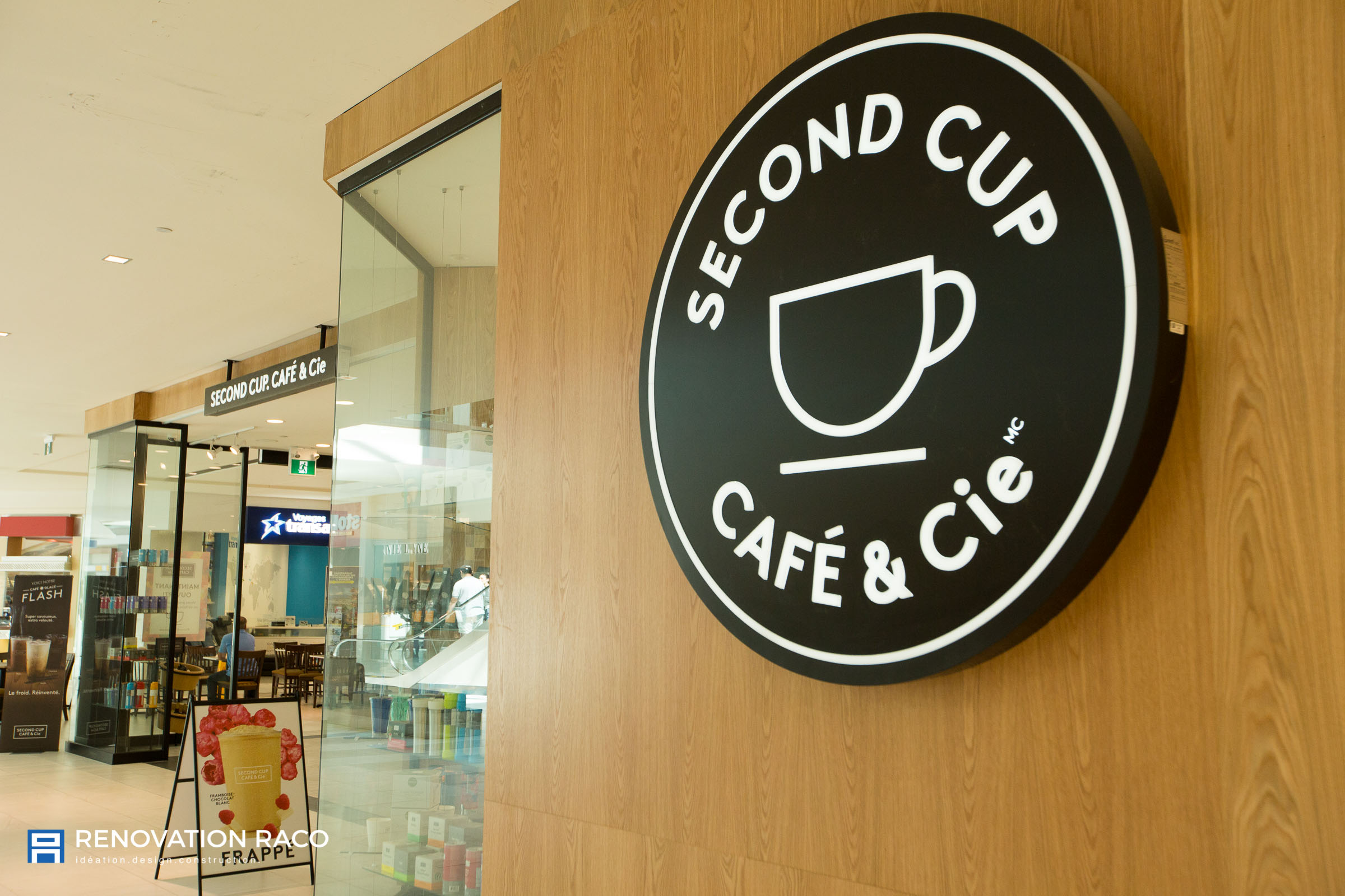 Renovation-Raco-Montreal-Second Cup-02.jpg