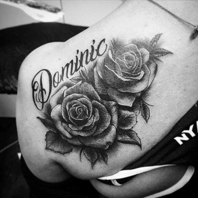 • 🥀 Cover up with Roses 🥀 • @walhallatattoo #tattoo #coverup #rose #rosetattoo #blackandgrey #letteringtattoo #realistictattoo #tattooinspiration #tattoooftheday #ink #art #inkedgirl #coveruptattoo