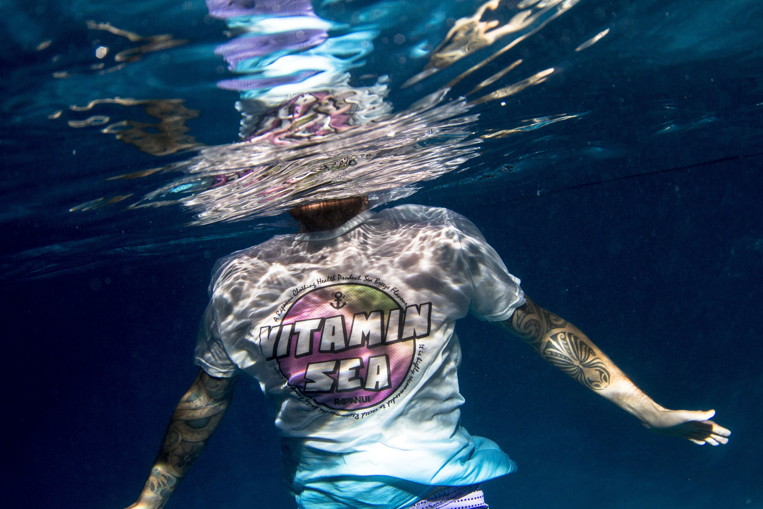 ozzy_underwater_fade_collection-301.jpg