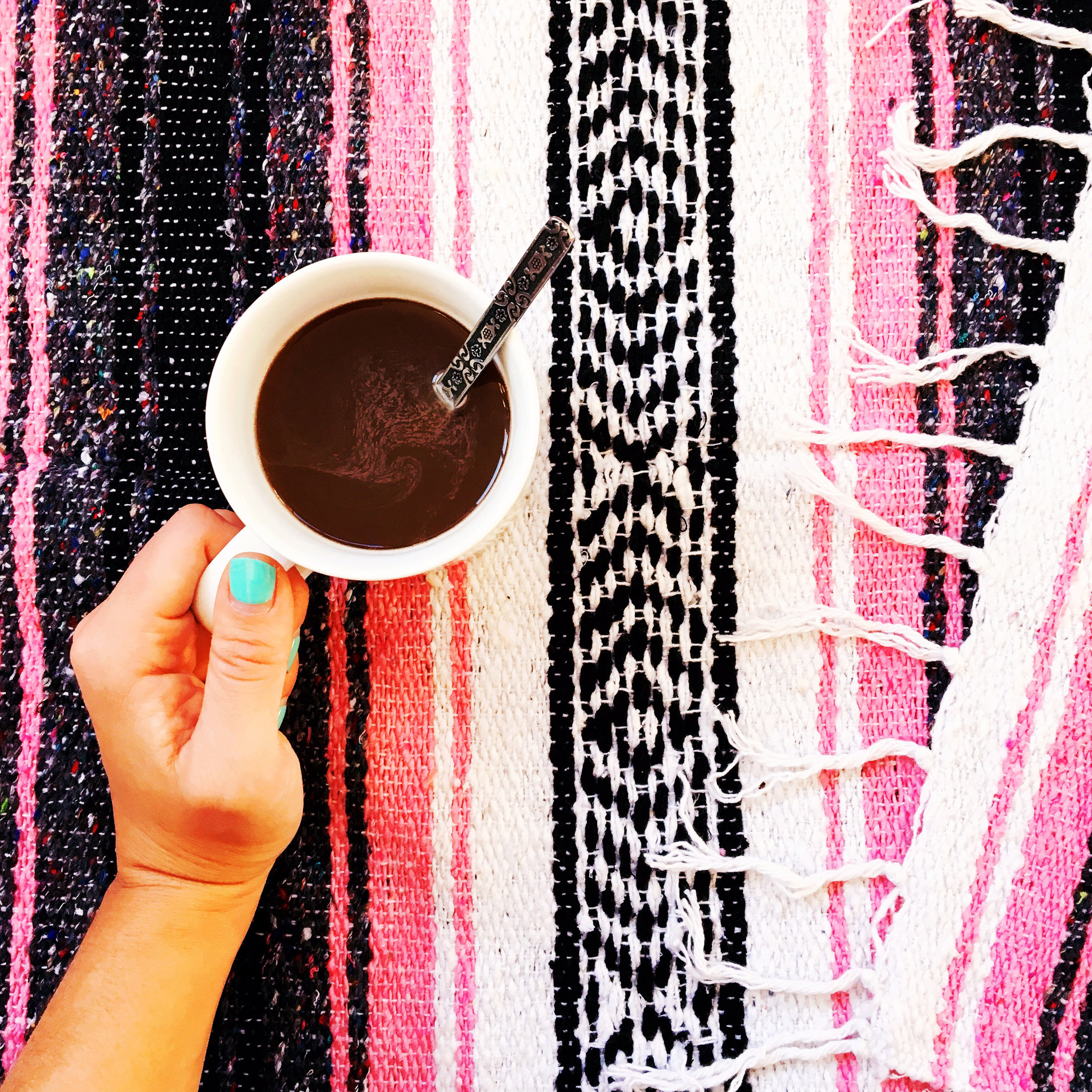 THE FUNKY FRESH / PINK MEXICAN BLANKET COFFEE