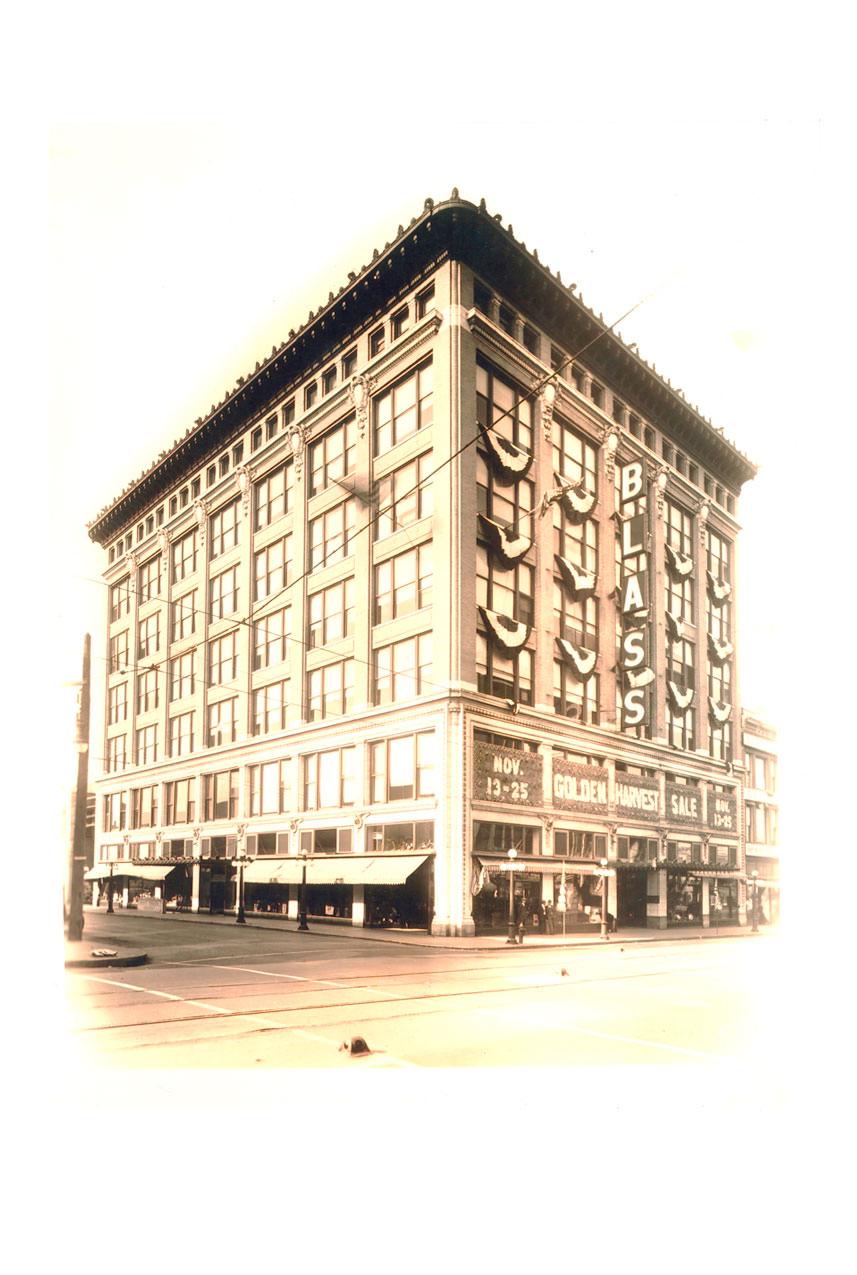 mann-building-3.jpg