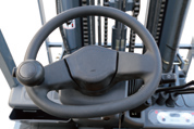 Reduced fatigue due to a semi-circular steering wheel .  A smaller diameter (300mm outer diameter) steering wheel gives improved vehicle maneuverability. In addition, this compact  steering wheel makes it much easier to get on and off the truck.