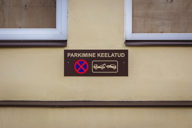 parkimine-keelatud-silt-02.jpg