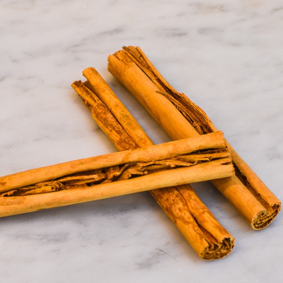 Cinnamon - Cinnamon water is a delicious beveragenot yet known to many. It is made with this very low calorie natural sweetener with just a hint of spice (picante!) that tickles that palate and leaves it wanting more.