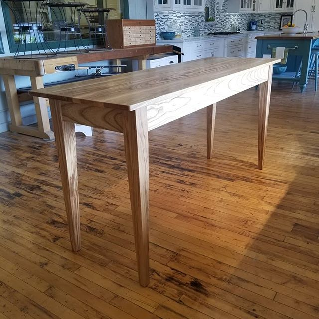 Finally finished up this solid ash laundry folding table, finished clear with a simple beaded apron.  #customtable #customfurniture #handmade #mortiseandtenon #woodworkersofmichigan #woodworking #finewoodworking  Homestead Cabinetmakers  www.welovewoodworking.com  Custom Furniture & Cabinetry made in downtown Kalamazoo, Michigan