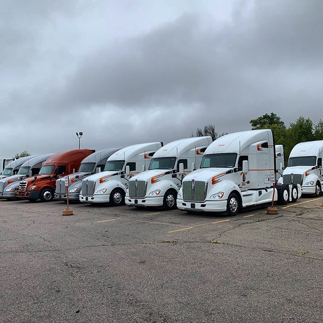 New trucks have arrived at our Denver yard! #kenworth #freightliner #mhc #professionaltruckdriver