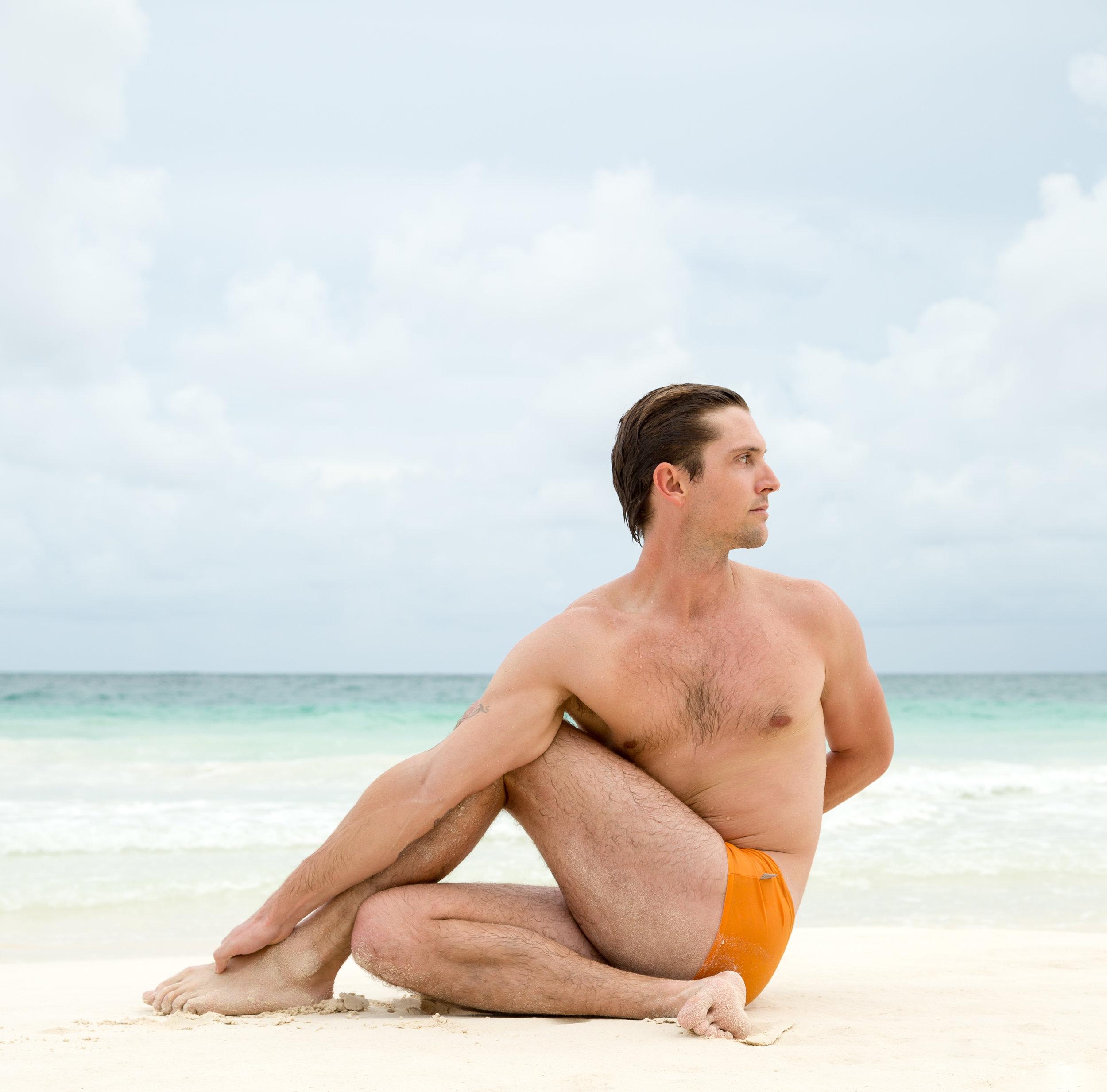 Dustin McCallister Yoga Ardha Matsyendrasana