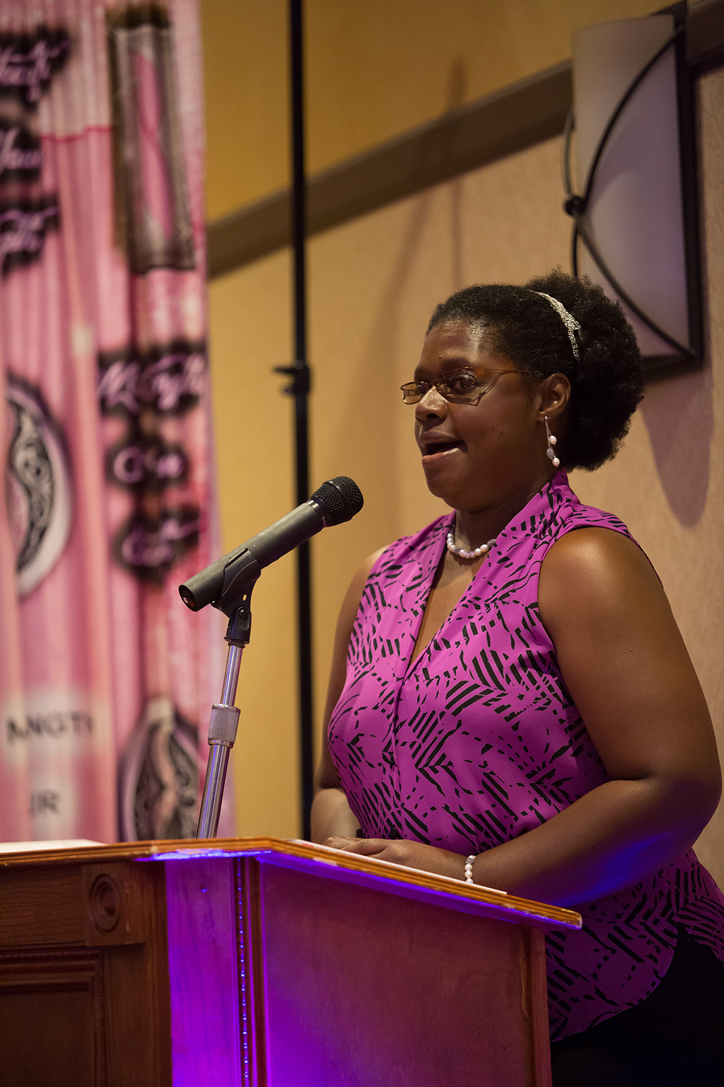 Pink and Pearls Luncheon-7530.jpg