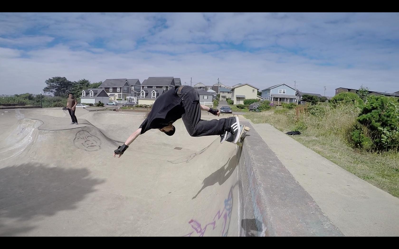 Drew Bieschke      Photo -Booker Bartow