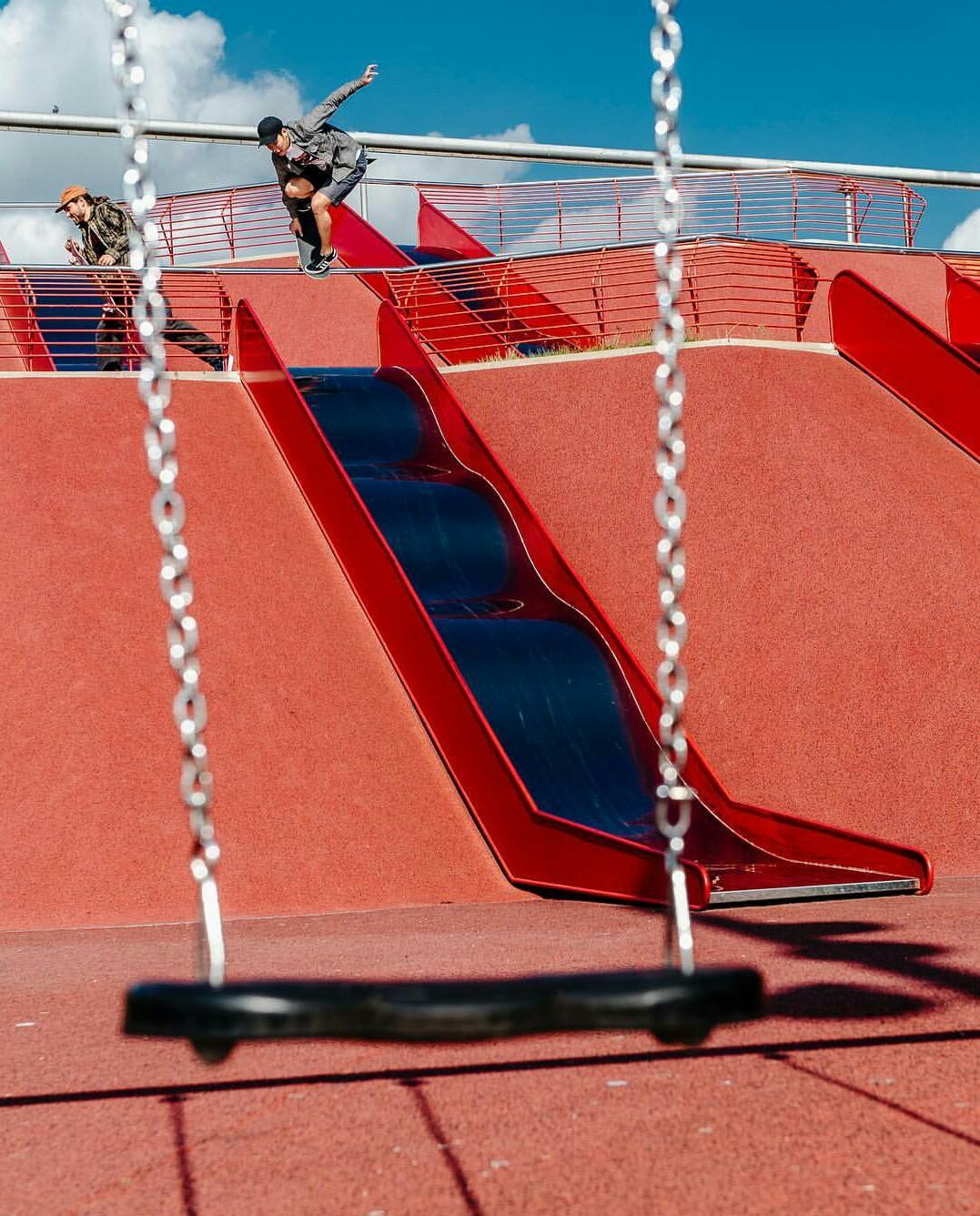 Calvin_Barcelona Pull In.jpg