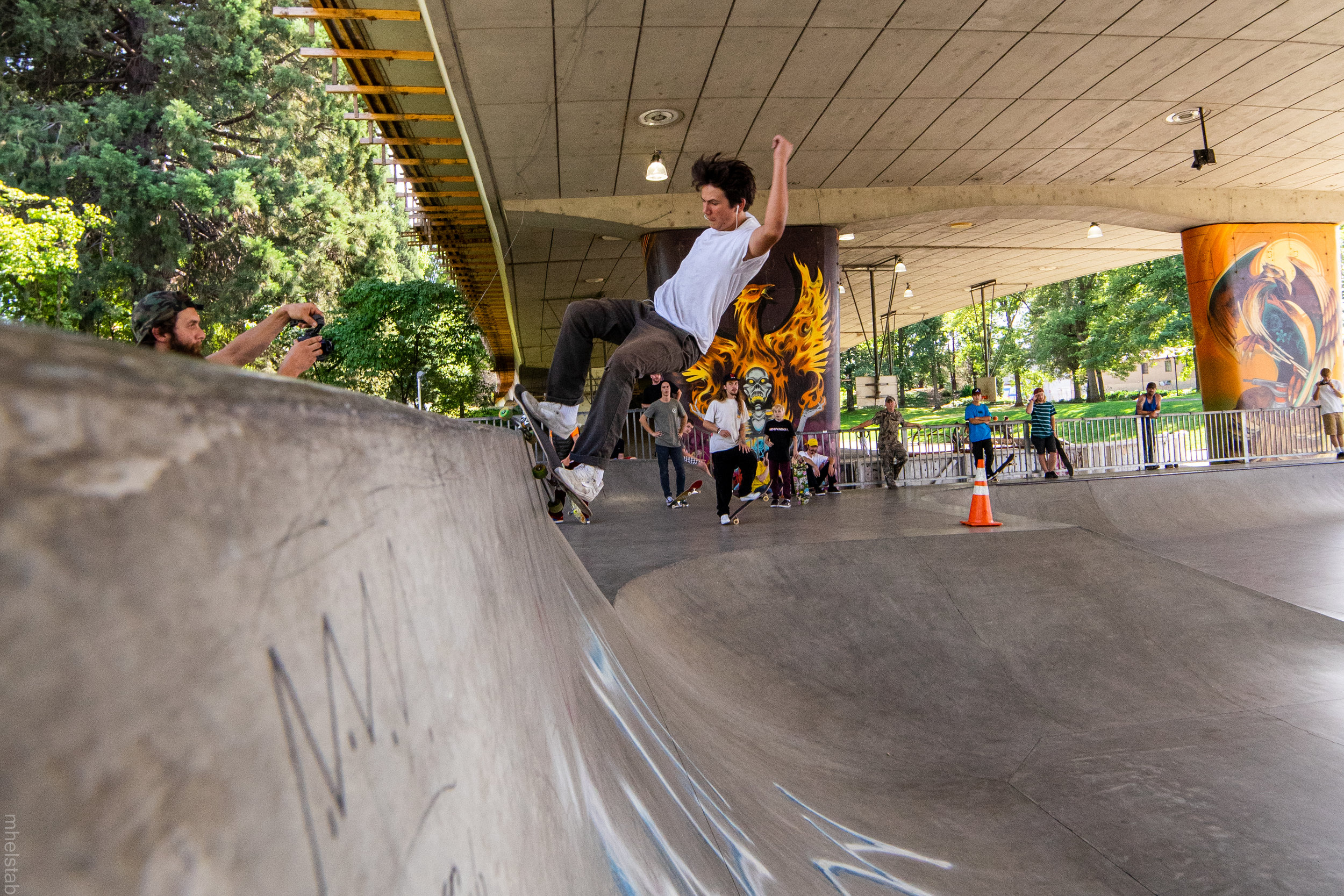 Jed Kincaid - Frontside Smith Bash