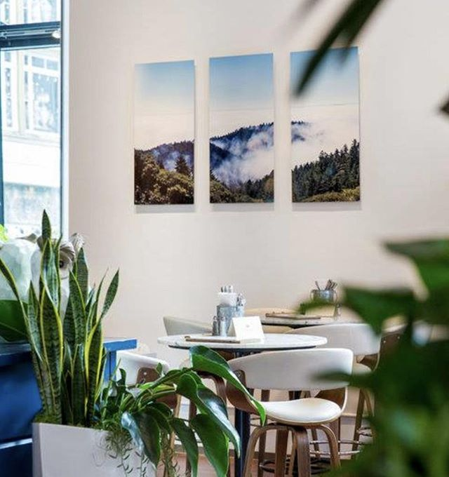 Want to get away from it all? Even for a little bit.  Herlen Place Eat. Drink. Share. 📍334 Grant St, San Francisco 📞 415-391-0207 #herlenplacesf www.herlenplace.com
