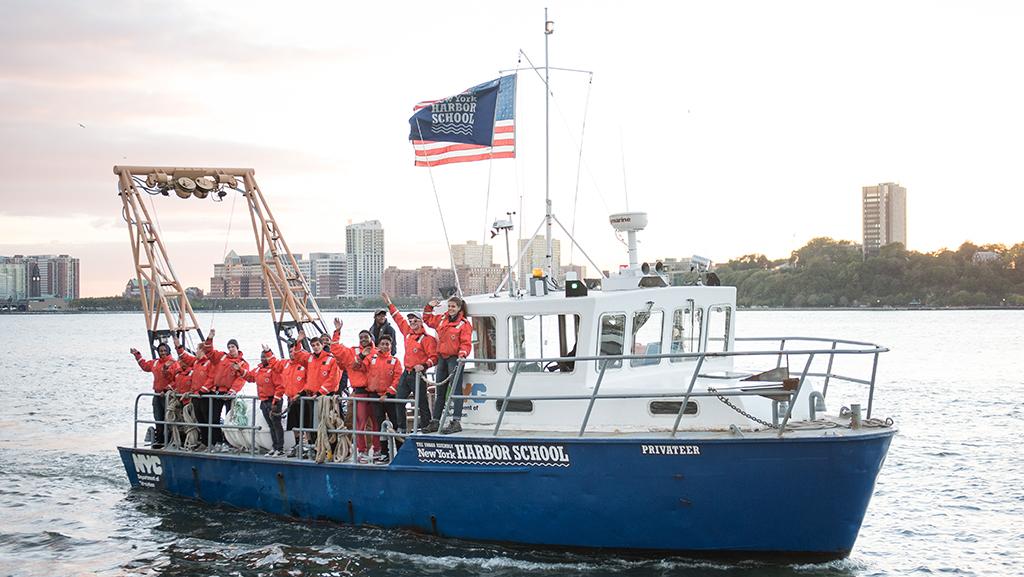 harbor_school_boat_sized_banner.jpg