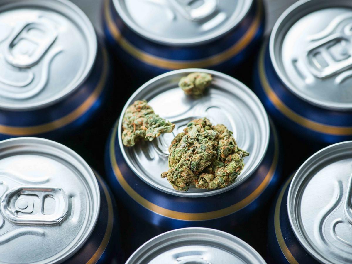 beer-makers-brewing-cannabis-beers-sans-alcohol.jpg