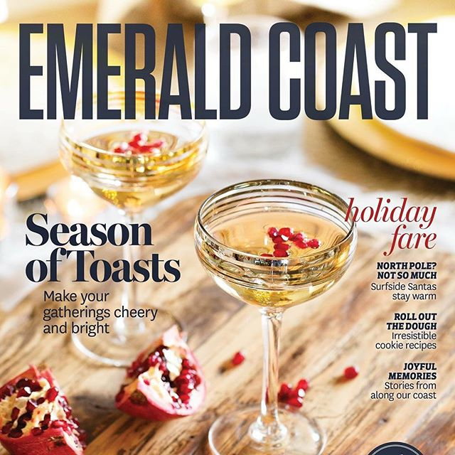 Happy Friday friends! I'm excited to share that my December/January cover story for @emeraldcoastmag is now live and available in print! I teamed up with my girls @proffittpr and @honeyhutch to create a gorgeous holiday spread complete with recipes and tips on how to throw the perfect party. Check out the entire story through the link in my profile + be sure to grab a copy around town 👍🏻 #dreamteam #pacakgeddeal #alissaaryncommercial #editorial #30a #sowal