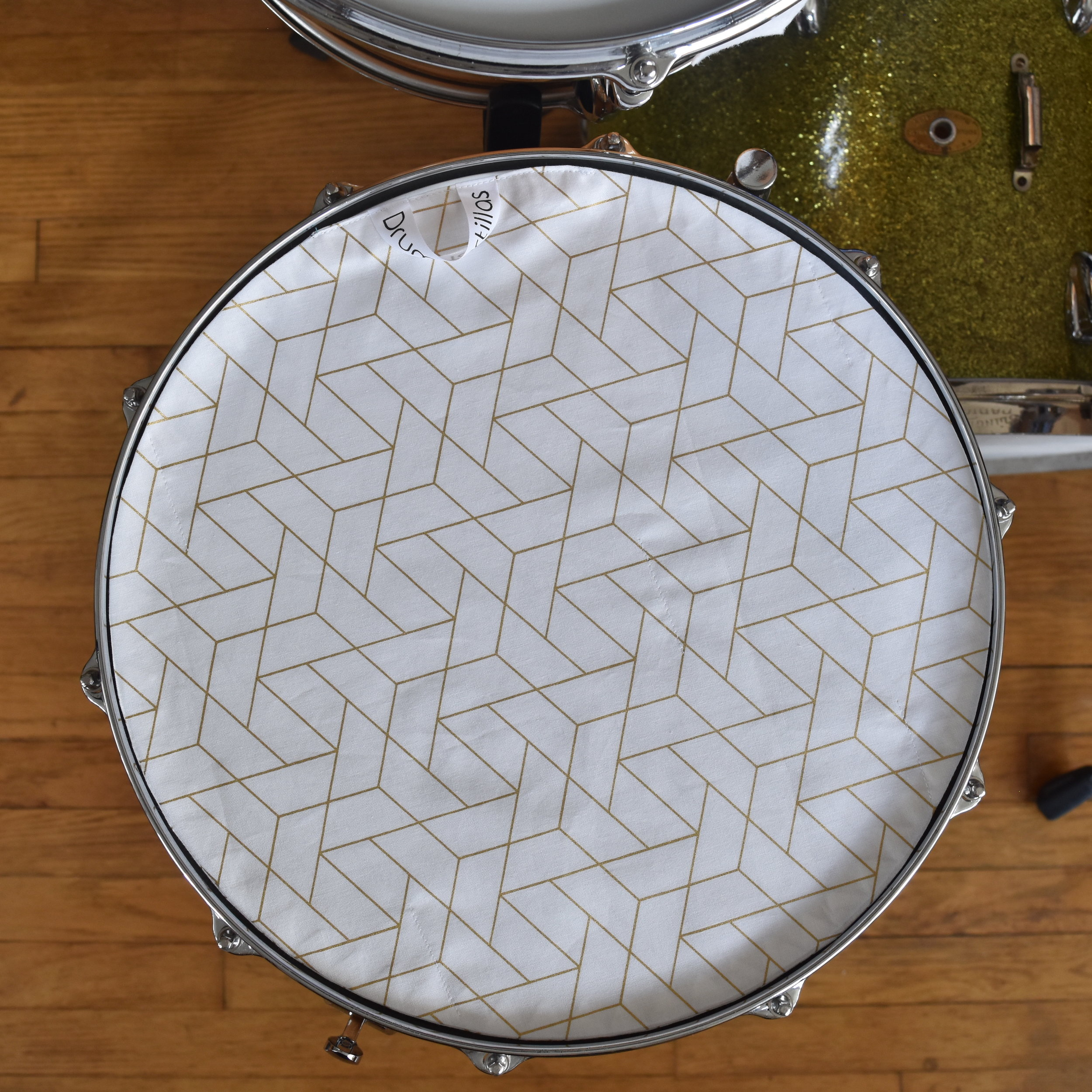 White Geometric Honeycomb