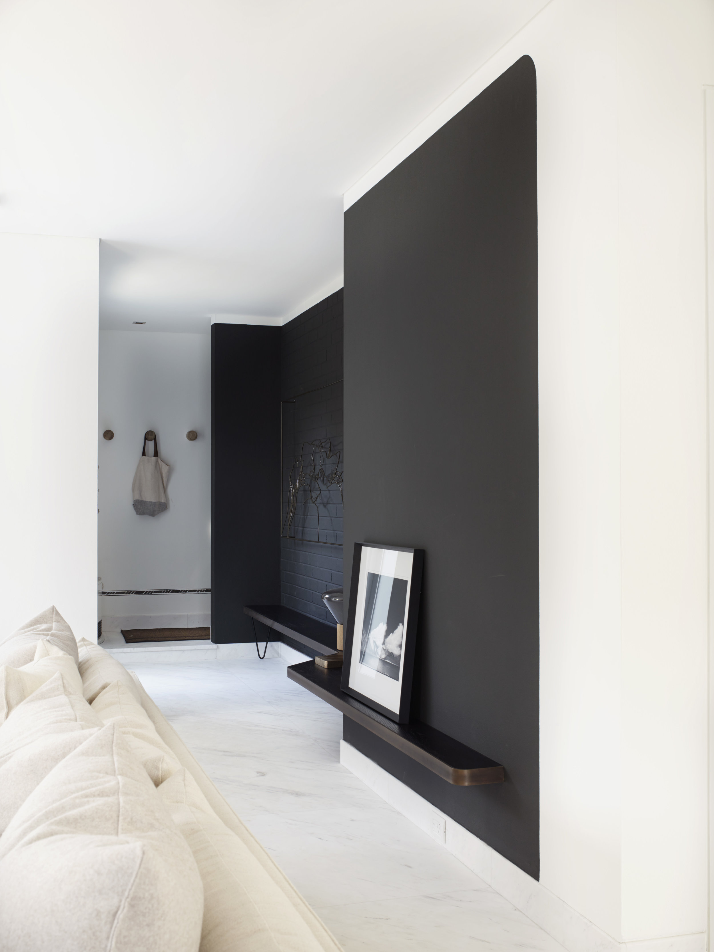 Cronulla House_AmberRoad_Lymesmith_Residential_Resene_entry2.jpg