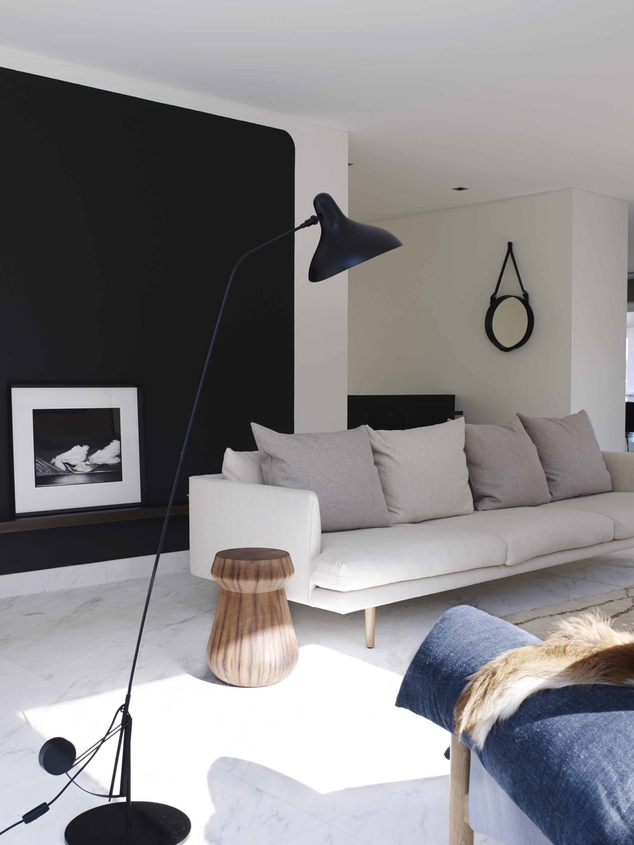 Cronulla House_AmberRoad_Lymesmith_Residential_Resene_Lounge2.jpg