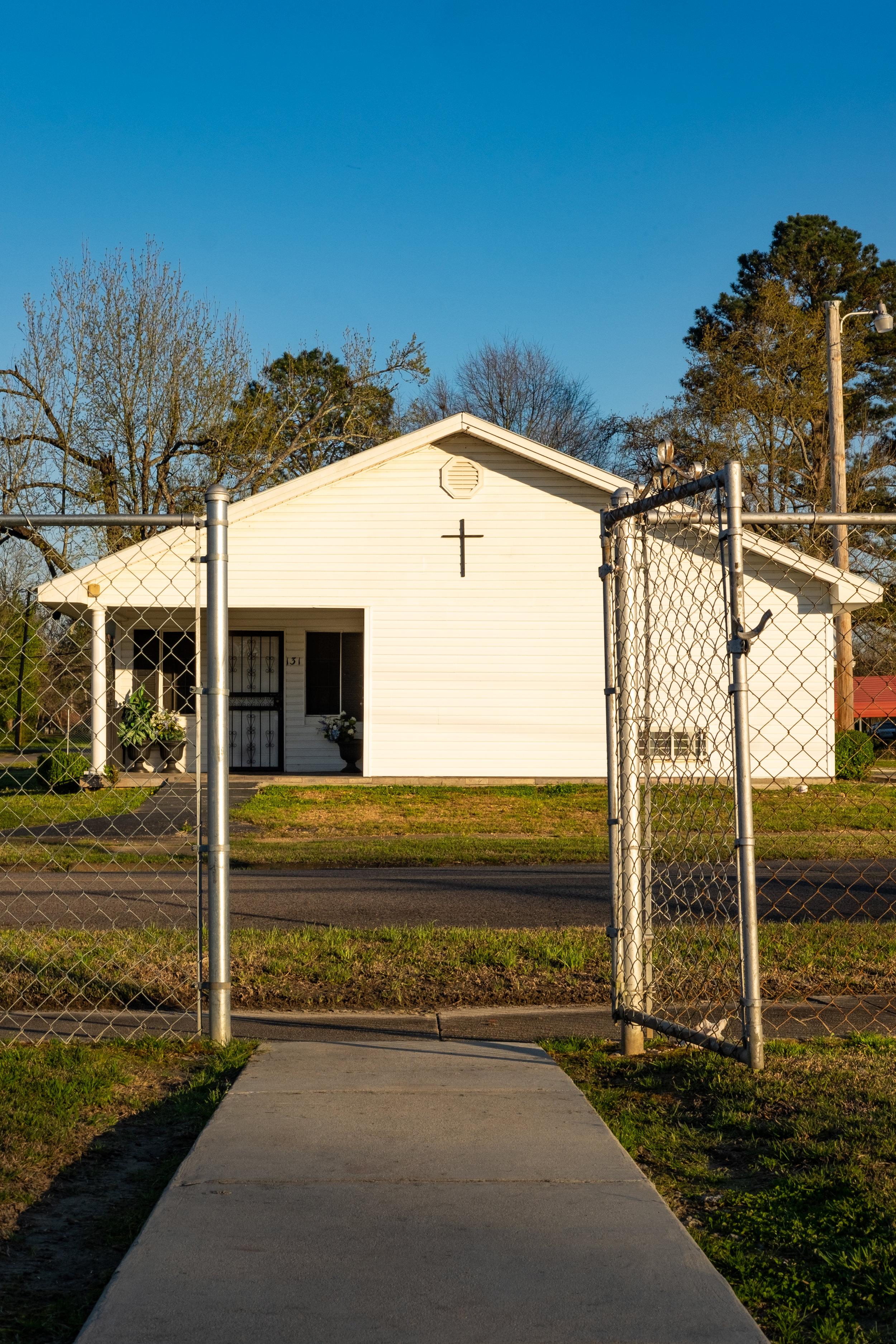 CHURCH GATE-1812.JPG